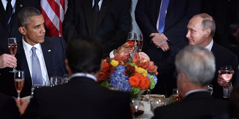 US president Barack Obama and Russian president Vladimir Putin share a toast Monday at the United Nations. (Chip Somodevilla/Getty Images)