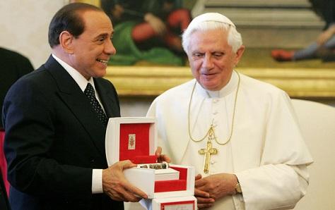 Former Italian prime minister Silvio Berlusconi meets former Pope Benedict XVI. (Alessia Giuliani/Getty)