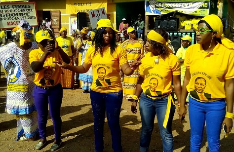 Supporters of Guinean president Alpha Condé gather ahead of the west African country's October 11 election.