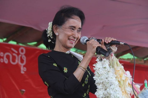 Democracy advocate and decades-long opposition leader Aung San Suu Kyi hopes to lead her party to power on Sunday. (Facebook)