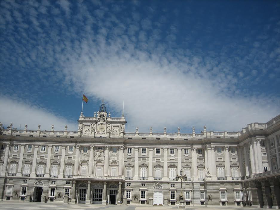 Spain's new young king, Felipe VI, may ultimately shape his country's new country from the Palacio Real if the unprecedented four-way race leaves no party with a majority after December 20.