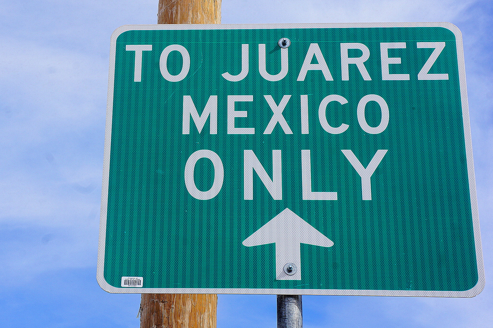 photo essay crossing the el paso juarez border suffragio there are four entry points into juatildeiexclrez from el paso only two of which are open to pedestrians kevin lees