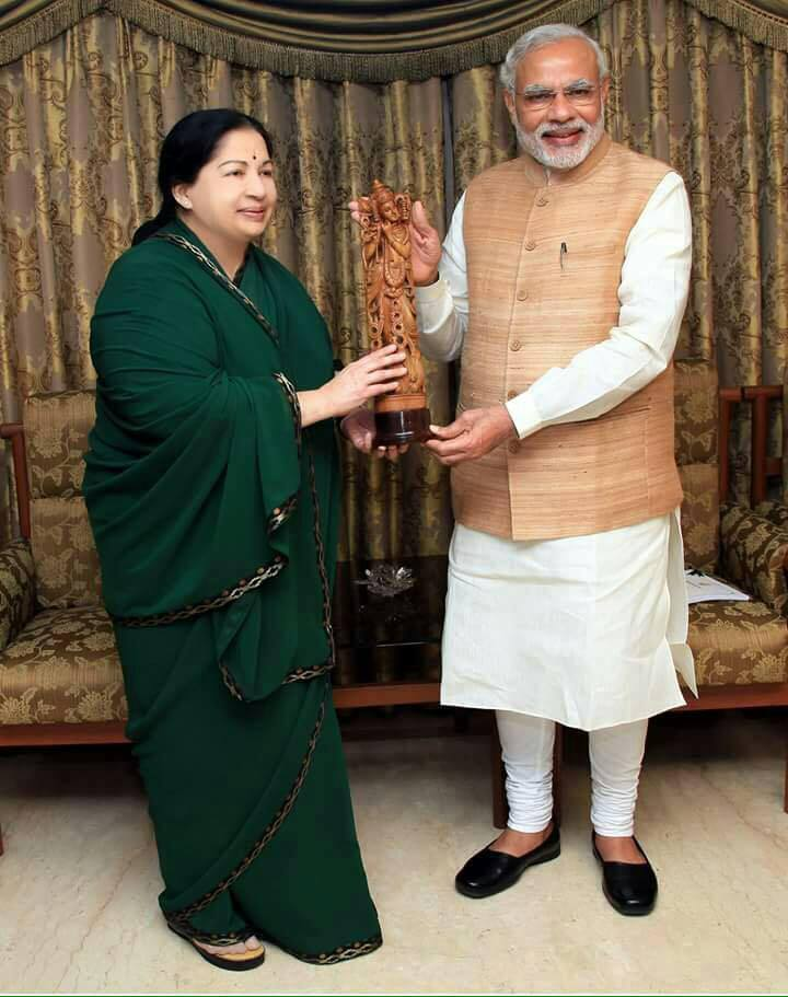 Tamil Nadu chief minister Jayalalithaa (left) and Indian prime minister Narendra Modi (right) both have reason to smile at India's spring election season. (Facebook)