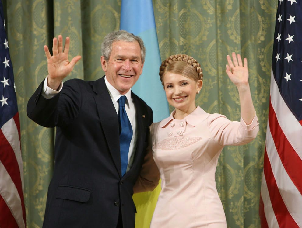 US president George W. Bush met with Ukraine's then-prime minister Yulia Tymoshenko... before she became a political prisoner. (Government of Ukraine)