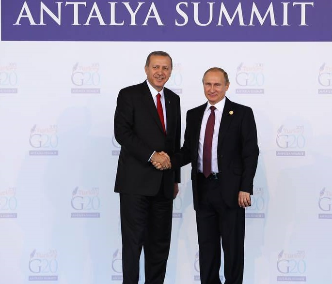 Russian president Vladimir Putin and Turkish president Reccep Tayip Erdoğan met at the G-20 summit, which took place in Turkey, last November. (Facebook)